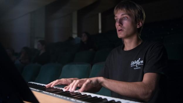 Sein grosser Traum sei es, weiterhin mit Musik Geschichten erzählen zu dürfen, sagt Raban Brunner.