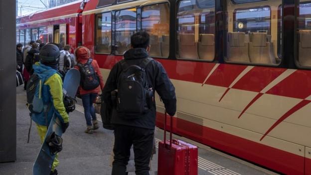 Ein Zug der Matterhorn-Gotthard-Bahn.