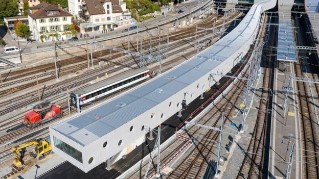 Beim Bahnhof Bern wurde ein Perron verlängert. Dadurch entstehen zwei neue Einsteigemöglichkeiten.
