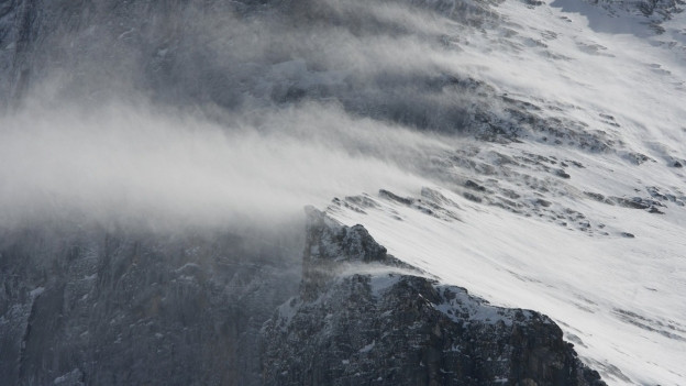 Der Föhnsturm erreichte Windgeschwindigkeiten von bis zu 180 km/h.