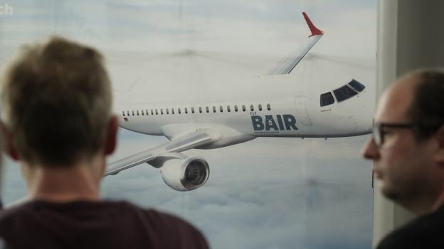 Ein Plakat der Airline Flybair.