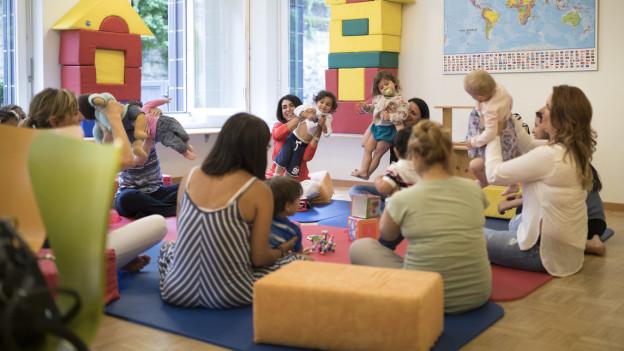 Kinder sollen bereits in der Spielgruppe spielerisch Deutsch lernen.
