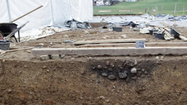 Blick auf die Ausgrabungen bei Richigen.
