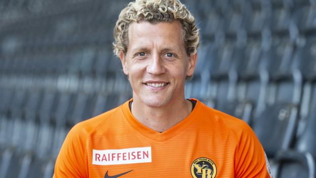 ine ersten Einsätze für die 1. Mannschaft der Berner hatte er im Frühjahr 2002 in der damaligen Abstiegsrunde.