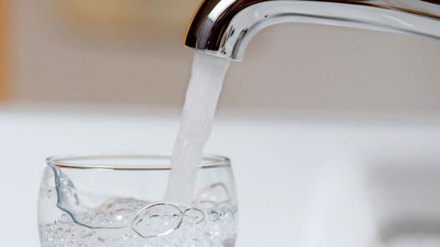 Das Trinkwasser sei im ganzen Kanton Bern bedenkenlos trinkbar.