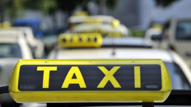 Uber mischt die Taxibranche auf.