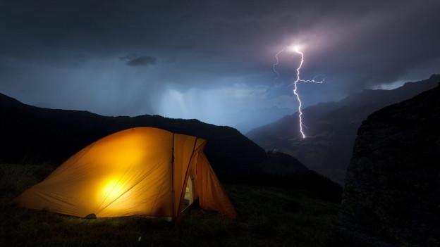Campieren oberhalb der Baumgrenze findet der SAC unproblematisch.