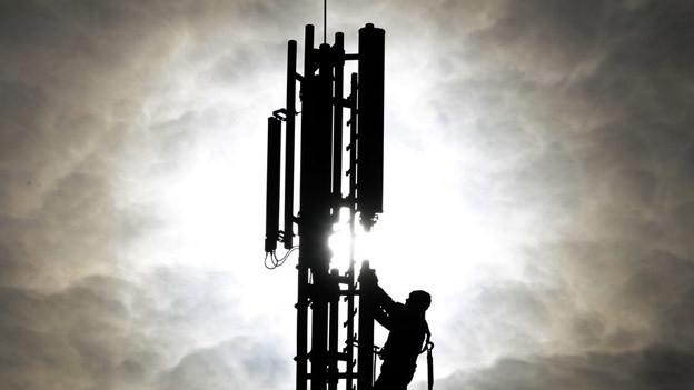 Ab 2013 dürfen wieder neue Mobilfunk-Antennen auf kantonalen Gebäuden in Basel montiert werden.