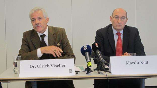 Messe Schweiz Verwaltungsratspräsident Ueli Vischer und HRS CEO Martin Kull an der Medienkonferenz in Basel