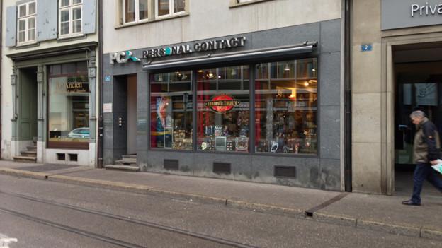 Spielwarenladen in der Elisabethenstrasse: Hier kam es zum Überfall