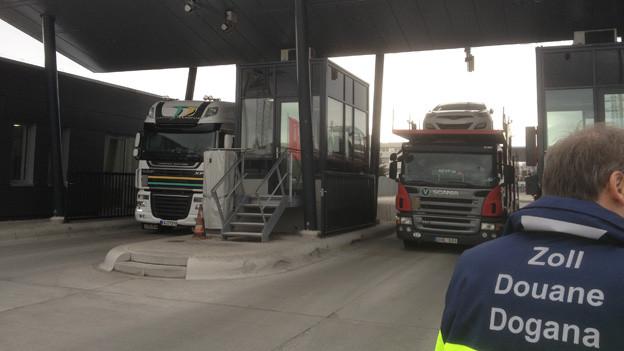 Neue Schalter sollen LKW-Abfertigung beschleunigen