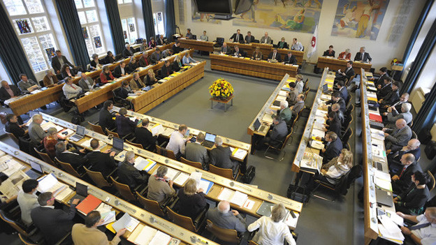 Der Landrat debattierte über die Regelung über Kommissionssitze.