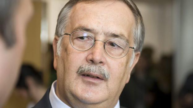 Adrian Ballmer und die Gemeinden sind sich uneins über die Pensionskasse