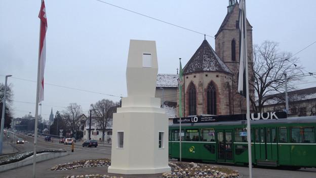 Kunstintervention auf dem Wettsteinplatz aus Anlass der Messe Natura.