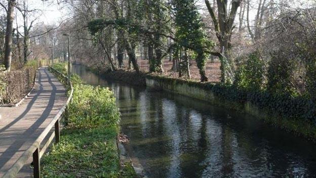 Mittelalterlicher Kanal: St.-Alban-Teich.