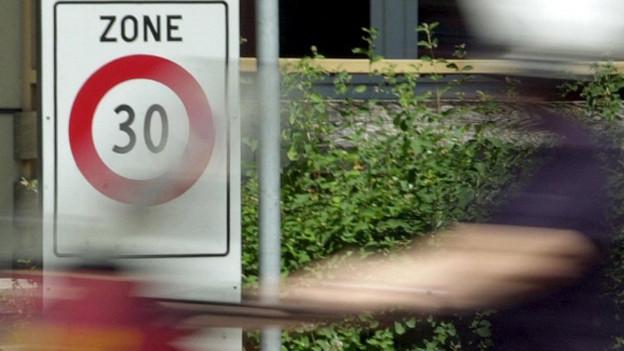 Tempo-30-Zonen sollen Verkehr im Gundeli beruhigen.