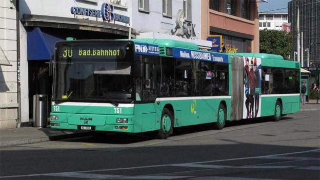 Hohe Temperaturen überfordern alte Bus-Klimaanlagen.