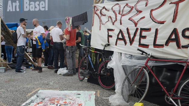 Die Gegenveranstaltung zur Installation Favelas.