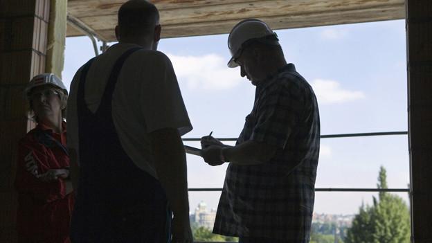 Drei ungarische Gipser sollen auf Baustellen in der Region zu Dumpinglöhnen gearbeitet haben (Symbolbild)