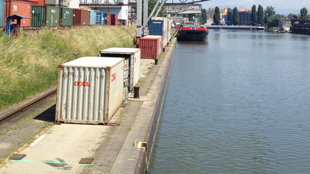 Im Hafenbecken 1 an der Schmalseite wird Fischen neu erlaubt.