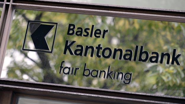 Basler Parteien möchten Einfluss auf Kantonalbank teilweise behalten.