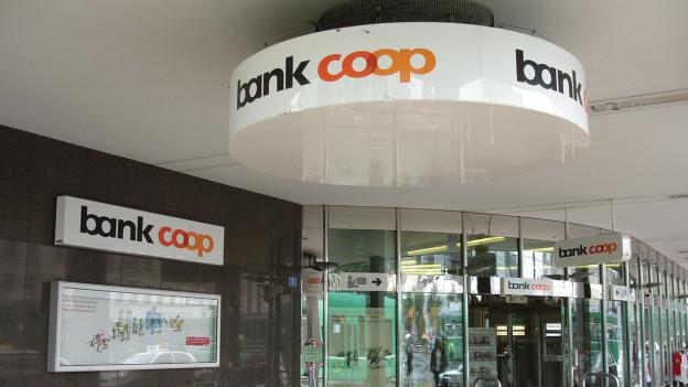 Hauptsitz der Bank Coop in Basel.