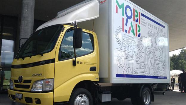 Das mobile Labor im Lastwagen soll auch in den beiden Basel unterwegs sein.