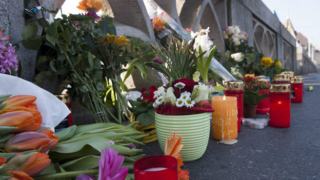 Kerzen erinnerten an das Opfer der Amokfahrt vom März 2012.