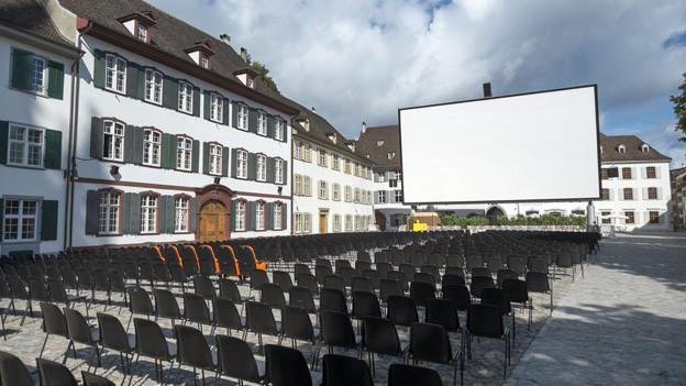 Openair-Kino auf dem Münsterplatz 2013.