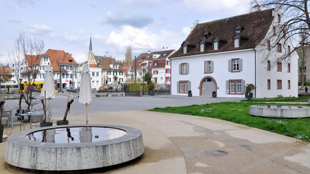 Schlossplatz Binningen