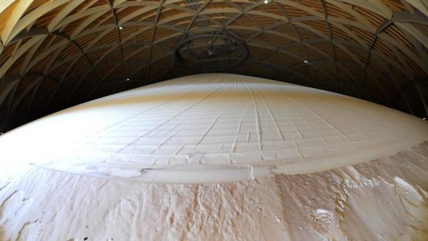 Salzlager im Kuppelbau Saldome der Saline Riburg in Rheinfelden.