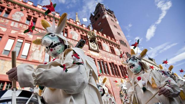 Cortège vor dem Basler Rathaus (Archivbild)
