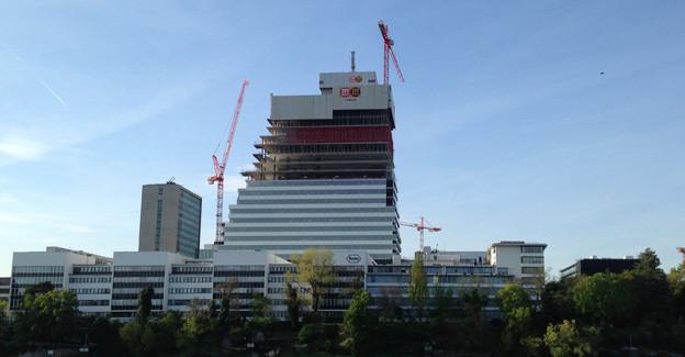 Roche-Turm verändert auch Basler Wettstein-Quartier.