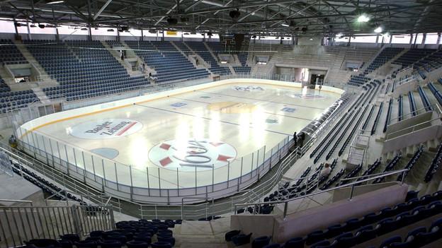 Soll nach dem Konkurs des EHC Basel nicht das ganze Jahr leer stehen: Die Eisfläche der St. Jakob-Arena.