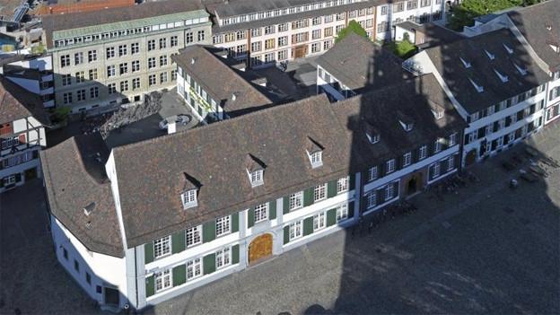 Das Gymnasium am Münsterplaztz von oben