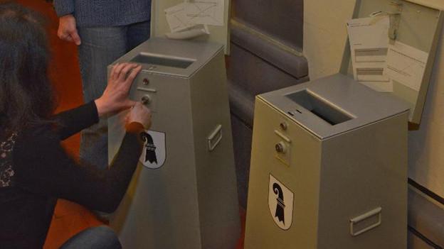 Abstimmungsurne in Basel