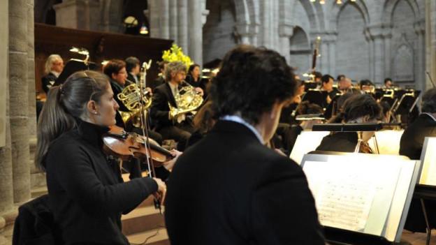 Politiker setzen sich für Musiker aus dem Ausland ein.