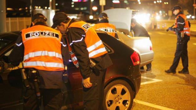 Verkehrskontrolle der Basler Polizei