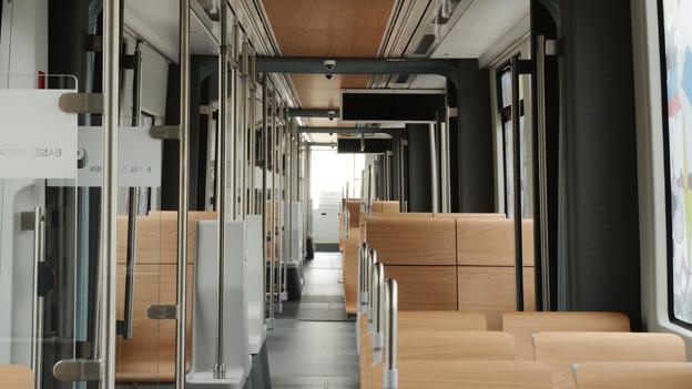 Holz statt Stoffpolster: das gilt wohl bald für alle Tramzüge