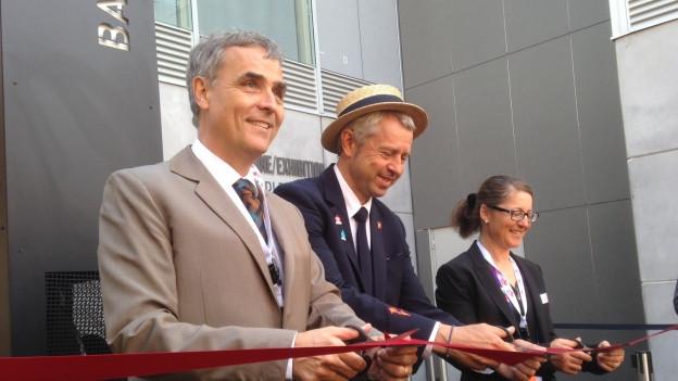 Guy Morin, Nicolas Bideau und Sabine Horvath eröffnen die Basler Ausstellung an der Expo Milano.