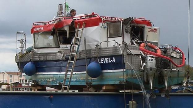Das beschädigte Boot