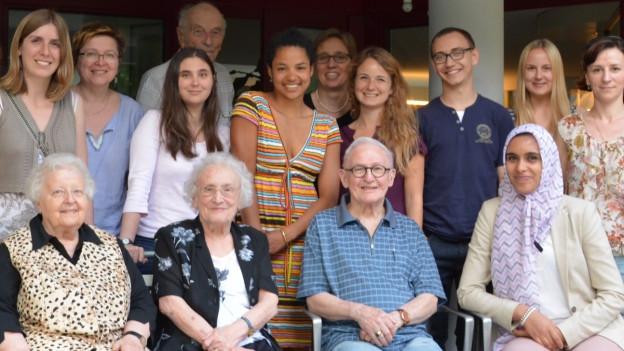 Die Deutsch-Gruppe mit Senioren und Studierenden