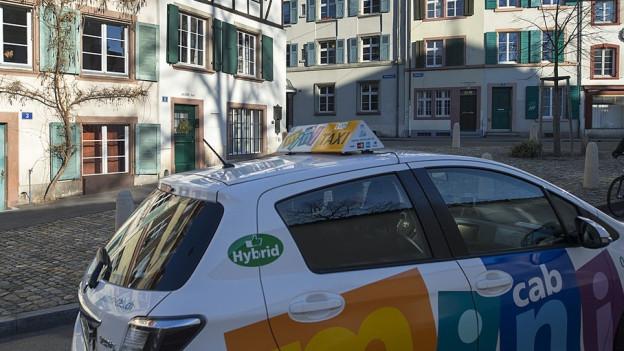 Auch über die Zahl der Taxis in Basel wird diskutiert
