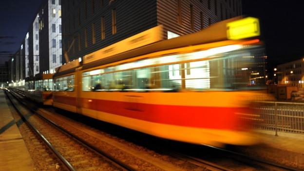 Für Baselbieter könnte das Tramfahren bald teurer werden.