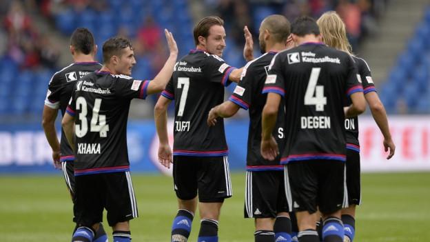 Freude beim FCB über den vierten Sieg in Serie