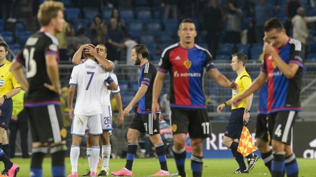 Jubel bei Tel Aviv - Hängende Köpfe beim FC Basel