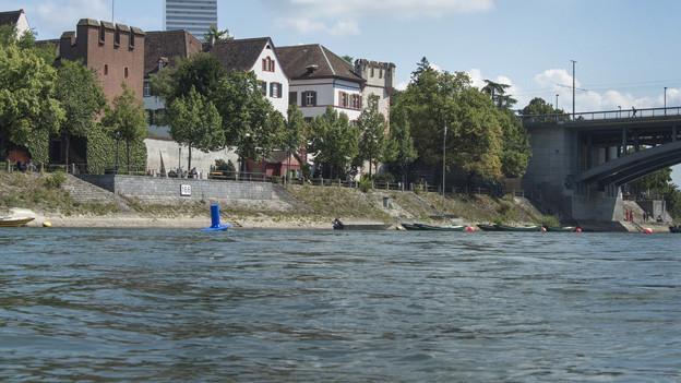Der Rhein liefert auch das wertvolle Wasser für Haushal