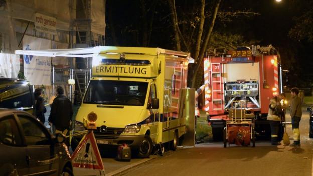 Ambulanz im nächtlichen Breite-Quartier