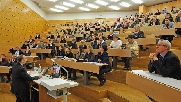 Hörsaal der Universität Basel
