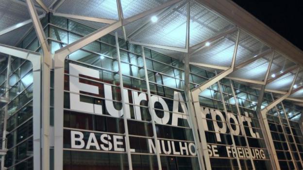 Der Steuerstreit am Basler Flughafen bleibt ungelöst